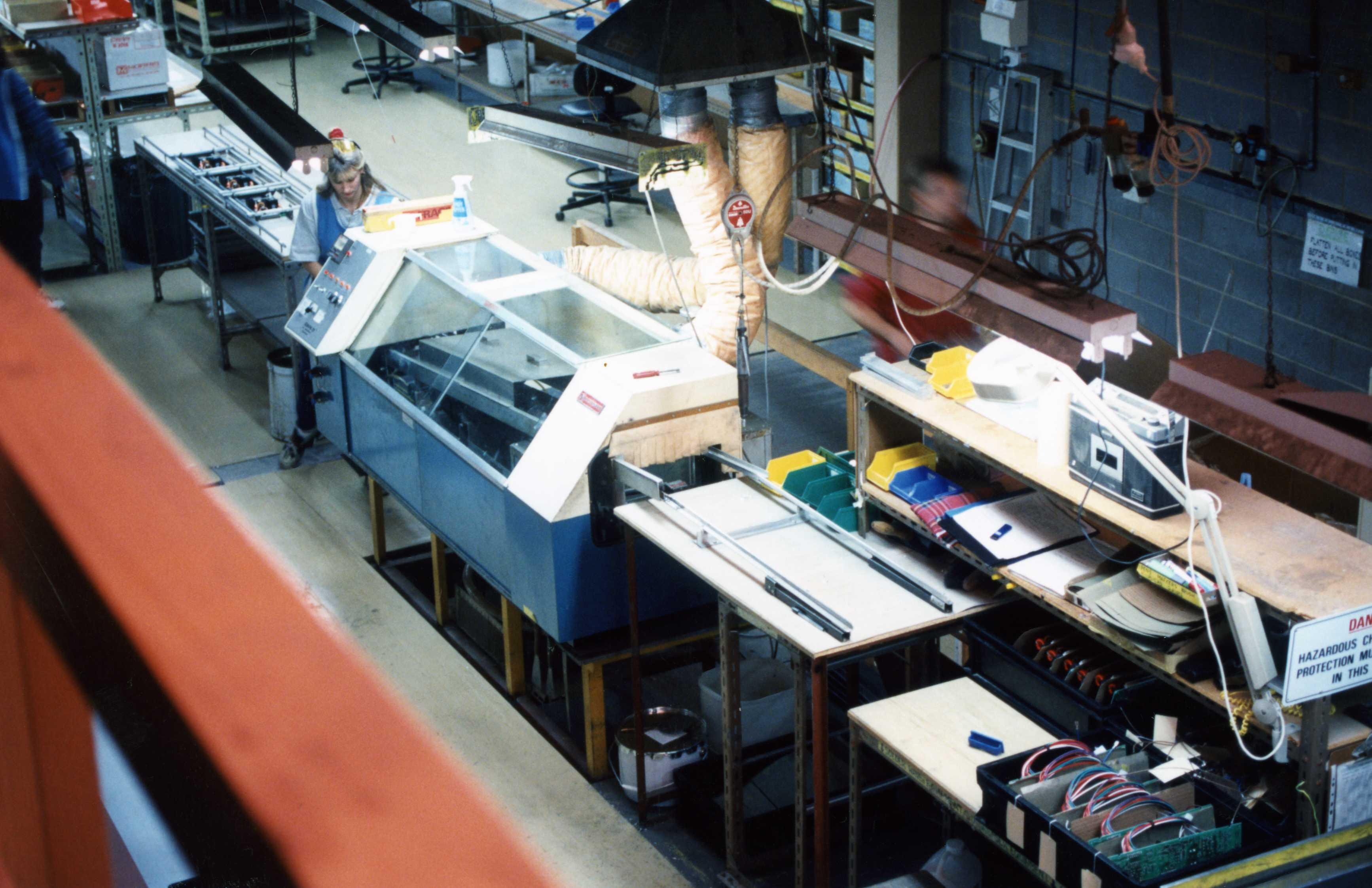 Australian manufacturing organisations in 90s